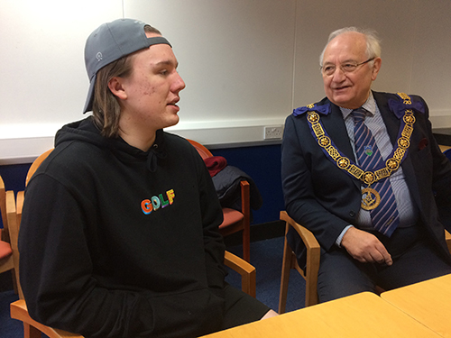 One of the Wiltshire Freemasons talking to a Scholar